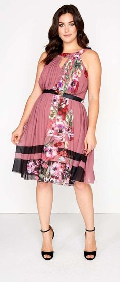 Plus Size Skater Dress Beautiful My kind of woman!!!!