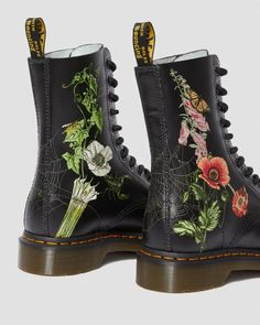 """Martens: 1490 Wild Botanics High Boot """"Our classic 1490 boot has been reimagined with an overgrown wildflower print. The 1490 Wild Botanics boot has all the classic. Ankle Boots, High Boots, Combat Boots, Shoe Boots, Style Grunge, Soft Grunge, Goth Style, Timberland Boots, Dr Martens Store"""