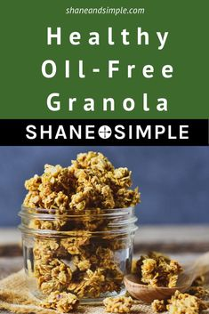 Healthy Oil-Free Granola The best Healthy No Oil Granola recipe! Homemade granola doesn't have to taste plain. This one is easy to make, sweetened with maple syrup, crunchy, and delicious. No nuts. A great anytime snack or breakfast. Vegan Snacks, Yummy Snacks, Vegan Recipes, Vegan Sweets, Healthy Snacks, Healthy Eating, Easy Granola Recipe, Granola Recipe With Maple Syrup, Healthy Homemade Granola