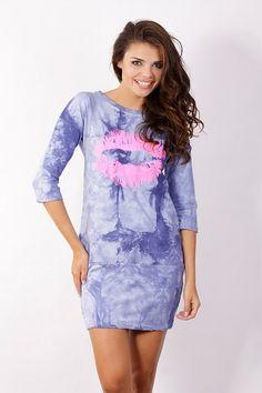 Rochie moderna, de culoare albastra, cu imprimeu original - Rochie moderna, de culoare albastra, cu imprimeu original. Are maneci trei sferturi, decolteu la baza gatului si se incheie cu fermoar la spate. Se potriveste tinutelor casual. Colectia Rochii casual de la  www.rochii-ieftine.net My Outfit, Modern, Outfits, Dresses, Fashion, Vestidos, Moda, Trendy Tree, Suits