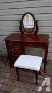 Brazilian cherry vanity desk with mirror and stool - $100 (Roy, Utah)
