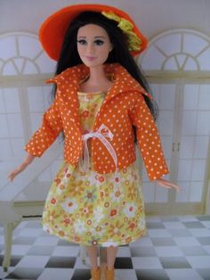 Miss Sunshine. Zelfgemaakte Barbie kleding te koop via Marktplaats bij de advertenties van Nala fashion. Homemade Barbie doll clothes (OOAK) for sale through Marktplaats.nl Verkocht/sold