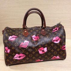 The fabulous new 'Licks' hand-painted LV handbag~