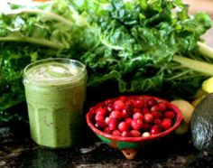 5 Essential Ingredients for a Healthy Green Smoothie | Tara Coleman San Diego Clinical Nutritionist
