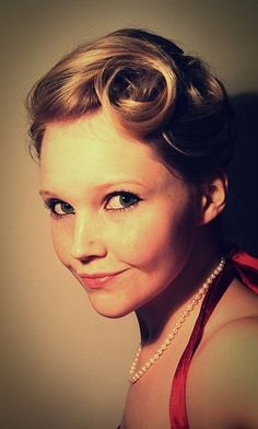 Vintage Pin Up Hair