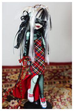 Monster High Dolls Gothic Punk