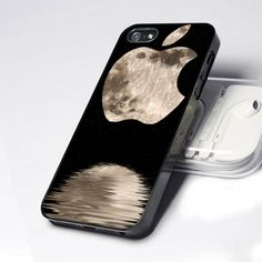 AA0008 Apple Moon One Bite Logo design for iPhone 5 case