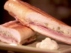 Throwdown Cuban Sandwich with Homemade Pickles - Bobby Flay's (losing) throwdown Cuban pork sandwich… thinly sliced kosher pickles and bacon wor - Homemade Ham, Homemade Pickles, Pickles Recipe, Empanadas, Burritos, Cuban Bread, Cuban Pork, Food Network Recipes, Cooking Recipes