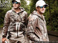 Didn't think the man could get any sexier...but DAMN, put him in camo & there ya go!!!