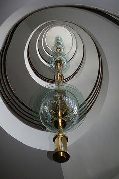 Erich Mendelsohn (* 21. März 1887 in Allenstein (Ostpreußen); † 15. September 1953 in San Francisco, Kalifornien) war ein bedeutender Architekt des 20. Jahrhunderts. Am bekanntesten sind seine Werke der 1920er Jahre, die sich am ehesten als expressionistisch und organisch bezeichnen lassen. Haus des Deutschen Metallarbeiterverbandes (IG Metall) in Berlin-Kreuzberg (1928–1930)