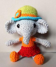Make It: Little Elephant - Free Crochet Pattern (Available in German & English) #crochet #amigurumi #free #ravelry