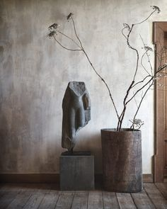 Interior lessons to learn from Axel Vervoordt - Minford by Twig Hutchinson Grote ramen, kleine Wabi Sabi, Theoule Sur Mer, Axel Vervoordt, Stone Carving, Corporate Design, Ikebana, Decoration, Interior Inspiration, Contemporary