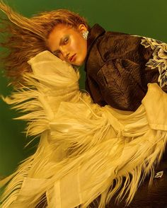 Atomic tangerine  http://ift.tt/2hNbl5r  Photography / @dohlee11 Fashion / @PearChimmastylist Model / @HollyShermann @Stormmodels  Hair / @Asahi_Sano  Make Up / @melaniechristoumua Producer / @EvelynTsekoura  Filmmaker /@christosmarkou_  Assistant / @debyzer  #SchonMagazine #fashioneditorial #beauty #fashion #OnlineExclusive  #makeup  #beautyeditorial #picoftheday #instagram #instafashion #inspiration #pic #picture #photography #womenswear