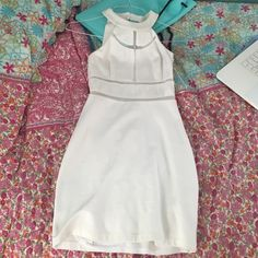 Guess White Bodycon Dress Worn once. In perfect condition! Guess Dresses