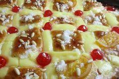 COCA DE SAN JUAN DE BRIOX Spanish Desserts, Fun Desserts, Flan Cake, Chilean Recipes, Pan Dulce, Sweet Bread, Macaroni And Cheese, Sweet Tooth, Bakery