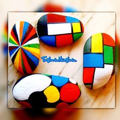 Rengarenk hayatlar için#rengarenk taşlar boyadim#her günümüz diğerinden renkli geçsin#taşboyama #stoneart #stonepaint #stonepainting #paint #paintings #happytime #rockpaint #elyapımı #doğumgünü #evdekorasyonu #düğünhediyesi #handmade #homemade #home #homegift #paintingsforsale #sipariş için Direct Mesaj at #turkiyeninheryerineucretsizkargo