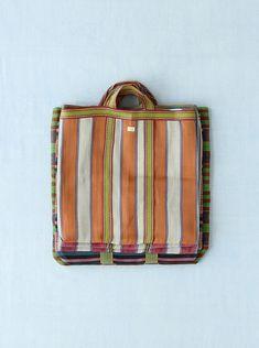the Dosa Kolkata Market Bag Tribal Bags, Fabric Bags, Nylon Bag, Summer Bags, Market Bag, My Bags, Bag Making, Fashion Bags, Leather Bag