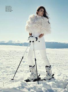 Emily Didonato photographiée par Benny Horne pour Vogue Australia juin 2014