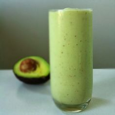 Nutrition is Medicine: Hunger Control Smoothie (AIP) with banana, avocado and coconut oil.