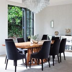 What an incredible dining room by The dining table is ✨✨ so fabulous. If youre looking for an interesting dining table, try the selection of furniture on consignment at Two Design Lovers. 🔗 Link in BIO to browse DINING TABLES # Dining Tables, Dining Room, Contemporary Furniture, Furniture Design, Lovers, The Incredibles, Decorating, Interior Design, Link