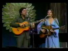 Flashback: Leonard Cohen and Judy Collins Perform 'Suzanne' She introduced the world to the poet-turned-singer   Read more: http://www.rollingstone.com/music/videos/flashback-leonard-cohen-andjudy-collins-perform-suzanne-in-1967-20130425#ixzz2RVmPle5J