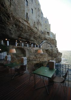 In the town of Polignano a Mare in southern Italy (province of Bari, Apulia), lies a most unique dini    http://mydesignstories.com/the-seaside-restaurant-set-inside-a-cave-in-southern-italy/