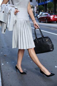 what-to-wear-to-an-interview-business-formal-suit-best-starter-work-wardrobe-essentials-jcrew-9am-super-120s-wool-dress-skirt-pants-jacket-grey-san-francisco-sf-fashion-blog-memorandum-mary-orton9