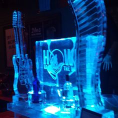 Cool ice luge at the Vendor Partner event held at @howlatthemoon in Orlando. #ice #decor