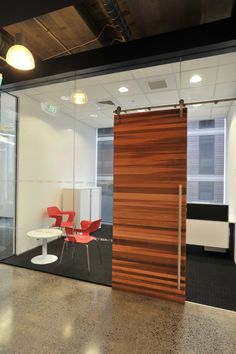 barn door on tracks for conference room (functionally good for the space) Woods' Auckland Engineering Offices / Spaceworks Design Group Corporate Office Design, Corporate Interiors, Workplace Design, Office Interiors, Corporate Offices, Cool Office Space, Office Space Design, Office Interior Design, Interior Design Living Room