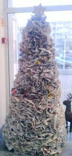 Árvore em jornal