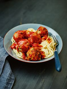 Vegan Italian veggie 'meatballs' - Using stuffing mix is a great shortcut to making veggie meatballs. Recipe in issue 29.