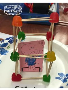 3 Little Pigs STEM Challenge. Students experiment to find learning and Fun & Games with STEM Elements from Classic Tales. Via Sweet Sounds of Kindergarten Kindergarten Science Activities, Kindergarten Stem, Steam Activities, Classroom Activities, Activities For Kids, Literacy, Classroom Ideas, Activity Ideas, Stem Learning