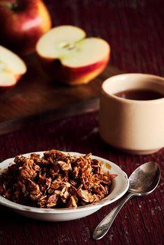 Caramel Apple Granola by pastryaffair