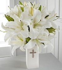 Paying your last respect to a deceased family member or friend can be beautifully and heart-warming expressed by sending Condolence Wreath Singapore either funeral orsympathy flowers. If you want to know more about such flowers, it would be a god idea to get in touch with a reputable Flower Delivery Singapore. Difference between Funeral Flowers
