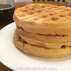 Milk-Free & Egg-Free Waffles These egg-less waffles also don't require milk, just water! Great for food allergies, topped with dairy-free butter and real maple syrup. Easy Waffle Recipe No Milk, Waffle Recipe Without Eggs, Waffle Iron Recipes, Waffles Recipe No Milk, Eggless Waffle Recipe, Egg Free Recipes, Milk Recipes, Crepe Recipes, Waffles