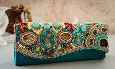 камни на сумках: 20 тыс изображений найдено в Яндекс.Картинках
