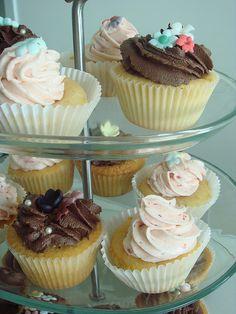 boston cream cupcake chocoloate... Boston Cream Cupcakes, Mini Cupcakes, Chocolate, Desserts, Food, Tailgate Desserts, Deserts, Essen, Chocolates