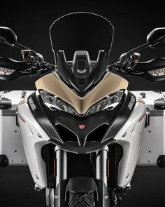The new Multistrada 1260 Enduro expands the concept of adventure with a new Ducati Testastretta DVT 1262 engine with full torque curve and a renewed chassis for greater ease of riding at low speeds or. Ducati Testastretta, New Ducati, Ducati Motorcycles, Motocross, Scrambler Moto, Harley Davidson, Ducati Multistrada, Bike Pic, Honda
