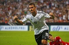57a09dc3f Miroslav Klose (Germany) -  WorldCup  SoccerLegend  FutbolLegend   FootballLegend Best Football