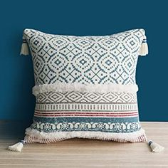 Dremisland Morocco Tufted Boho Pillow Covers Inch - Square Throw Pillow Cases Woven Pillowcase Soft Cushion Cover for Sofa Couch Bedroom Car Living Room with Invisible Zipper Boho Throw Pillows, Boho Cushions, Throw Pillow Cases, Decorative Throw Pillows, Pillow Covers, Blue Cushion Covers, Modern Couch, Sofa Couch, Living Room
