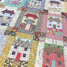 Gorgeous houses by on IG - thanks for coming into the studio to show us your amazing Sweet little houses Great houses and colors House Quilt Patterns, House Quilt Block, Quilt Block Patterns, Quilt Blocks, Rag Quilt, Scrappy Quilts, Mini Quilts, Liberty Quilt, Liberty Fabric