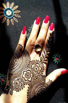 Beautiful henna design 2017