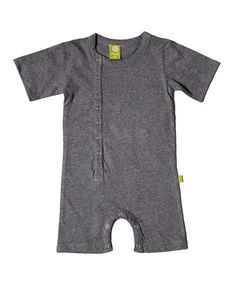 An excellent staple for any little one's wardrobe, this romper promotes easy movement with short sleeves and knee-high leg openings. It's easy to wear thanks to the snaps in front and on bottom, while the soft organic cotton keeps skin in irritant-free delight. 100% organic cottonMachine wash; tumble dryImported