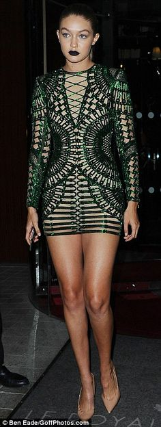 Kendall Jenner flashes the flesh in sexy ensemble in Paris #dailymail