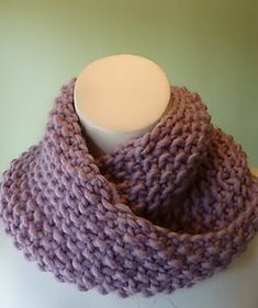 Ravelry: Cozy Como Cowl pattern by Yarn Garden.  A quick knit on very large needles.  Love the texture.