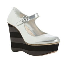 Who wouldn't love a pair of Prada wedges!? I would, thanks!