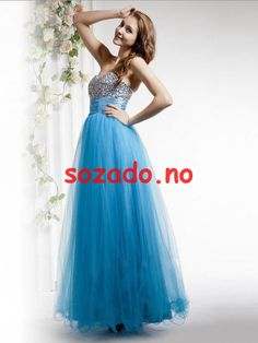 View the unique prom dresses Canada, 2019 prom dresses Canada at pickedresses. Shop our latest 2019 prom dresses with comfortable material and unique designs. Prom Dresses Canada, Blue Homecoming Dresses, Blue Evening Dresses, Unique Prom Dresses, Affordable Wedding Dresses, Prom Dresses Online, Prom Party Dresses, Strapless Dress Formal, Evening Gowns