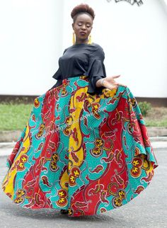 Full Flare Ankara Maxi Skirt with Pockets, Summer Maxi Skirt, Colourful Flare Skirt, Long African Skirt by MyAnkaraLove on Etsy Long African Skirt, Skirt Pattern Free, Skirt Patterns, Free Pattern, Sewing Patterns, Tights Outfit Winter, Skirt Fashion, Fashion Outfits, Ankara Skirt And Blouse