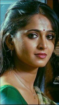 South Indian Actress Photo, Indian Actress Images, 10 Most Beautiful Women, Most Beautiful Indian Actress, Arabian Beauty Women, Indian Beauty, Beautiful Blonde Girl, Beautiful Girl Photo, Indian Girl Bikini