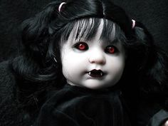 I found this pin - ooak horror goth art doll vampire for sale.I must say, her face is perfectly done! Doll Face Paint, Doll Painting, Halloween Doll, Scary Halloween, Halloween Makeup, Halloween Ideas, Chucky, Creepy Baby Dolls, Demon Baby